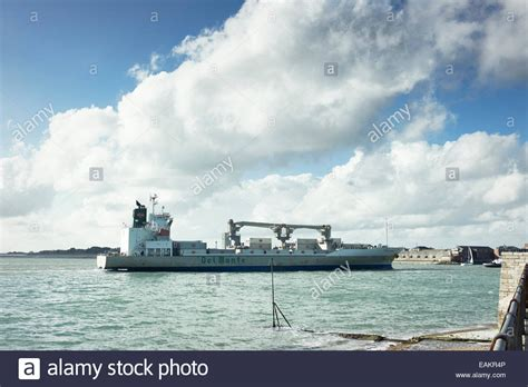 boats coming into portsmouth del monte fruit stock photos del monte fruit stock