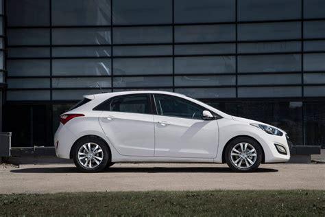 Hyundai Car Reviews by Hyundai I30 Review Carzone New Car Review