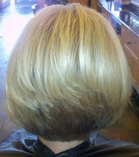 back view of angled piecey bob haircut wavy bob cut angled bob hairstyles back view bing images followpics