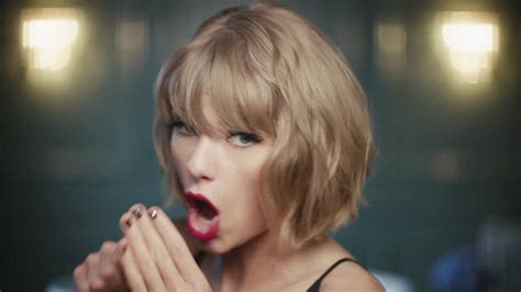 taylor swift and apple music taylor swift apple music reklamlarına devam ediyor