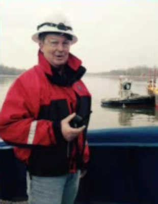 tugboat sinks tappan zee coast guard continues search for 2 missing after tugboat