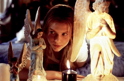 claire danes song 1996 romeo juliet film 1990s the red list