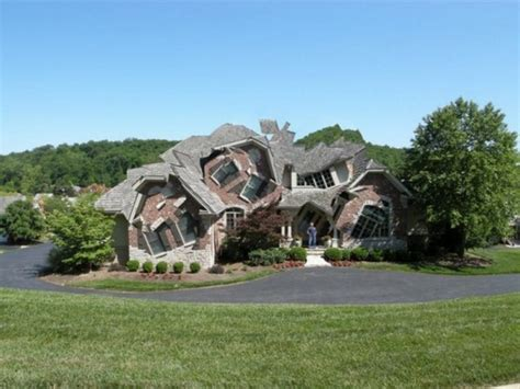 bizarre houses 15 weird homes we all wish we lived in blindfold