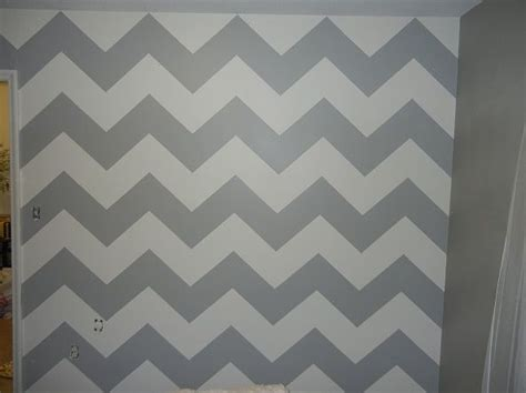 chevron pattern accent wall pin by lauren summers on dining room make over pinterest