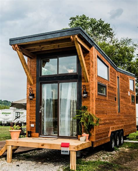 tiny houses cincinnati you can rent this quot tiny home quot for 150 per night