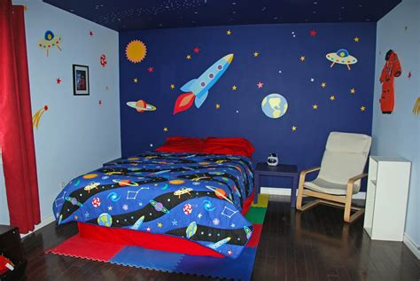 rocket themed bedroom babies and bulldogs february 2012