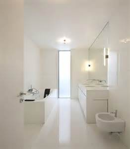 Minimalist Bathroom Design Ideas by 45 Stylish And Laconic Minimalist Bathroom D 233 Cor Ideas