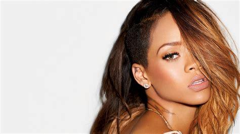 Rihanna Iphone Wallpaper Hd