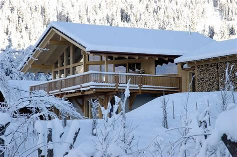 winter mountain house ideas mountain and lake home curb appeal mountain architects