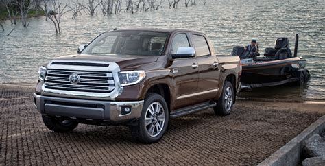 toyota truck diesel toyota tundra arrives with a diesel powertrain 2018 2019