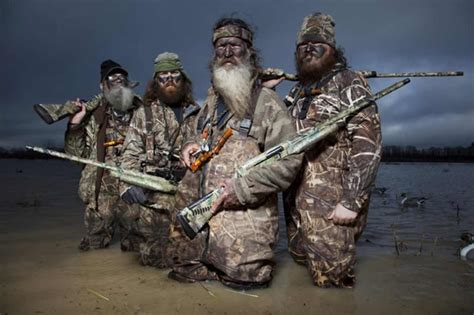 duck hunt guns faith and that bandana we asked duck dynasty s willie robertson the