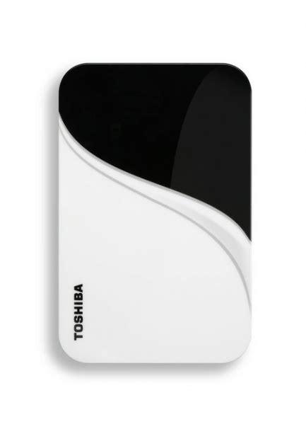 Hardisk Toshiba 640gb eksterni disk toshiba store v2 640gb belo crne boje beograd srbija