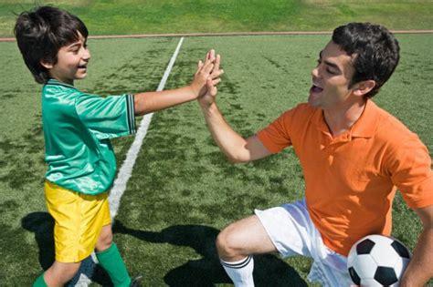 hijos del ftbol 8494712683 diez reglas para padres que ven jugar al f 250 tbol a sus hijos
