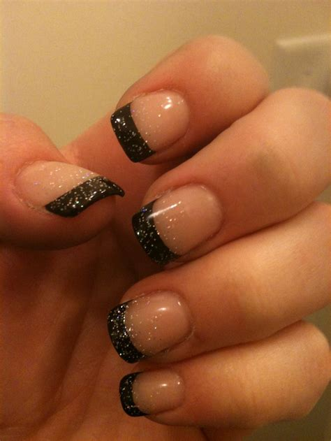 Slowly Transition Your Black Nails Into by Best 25 Black Manicure Ideas On Nail