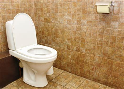 bowel leakage