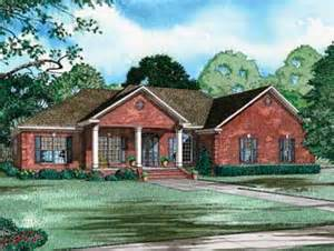 brick bungalow house plans one story brick bungalow hwbdo57778 bungalow house