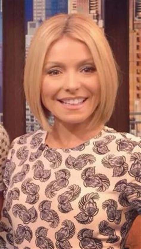 kelly ripa angled bob 1000 images about cute haircuts on pinterest chelsea