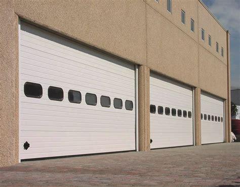 porte capannoni portoni per capannoni porte industriali a libro