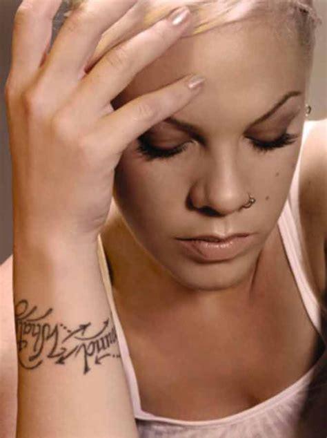 P!nk a její tetování   Your Best Source About P!nk