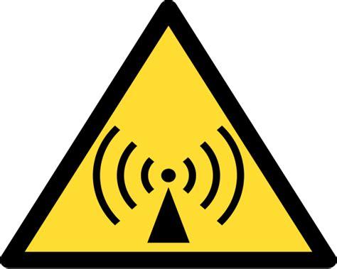 ci elettromagnetici in casa ci elettromagnetici in casa come proteggersi idee green