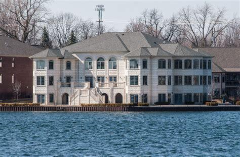 fenton house fenton mi mistake on the lake to be demolished news for fenton linden holly mi tri