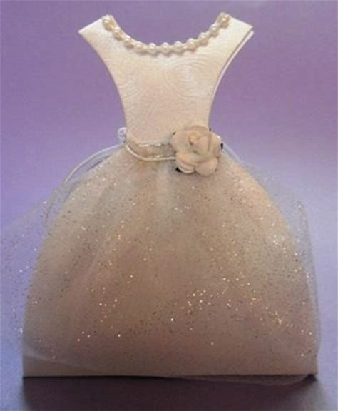 invitaciones para15aos cajitas en forma de vestido descripci 243 n