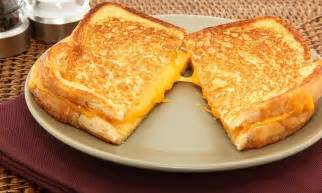 How To Make Sandwich In Toaster How To Make Lazy Grilled Cheese Sandwiches In Your Toaster