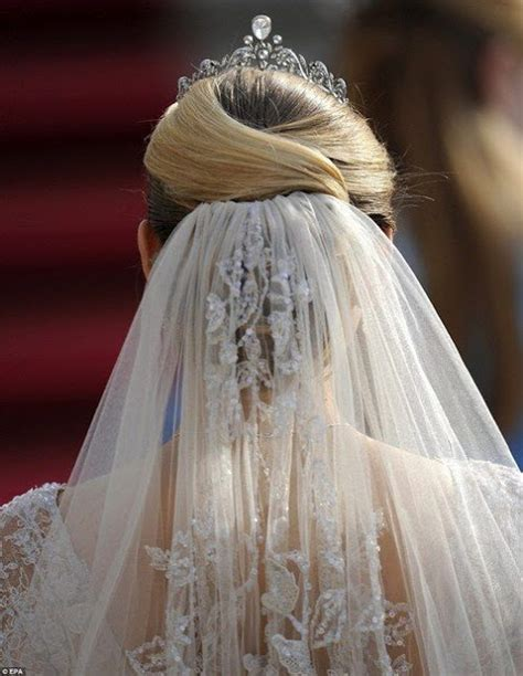 Wedding Hair And Veil Ideas by Wedding Hairstyles For Hair With Veil And Tiara