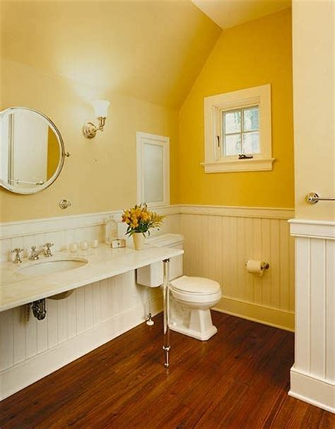 bathroom with yellow walls 110 best images about remodeled bathrooms on pinterest