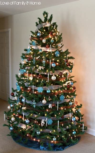 nice christmas trees 187 best christmas trees decorated images on pinterest