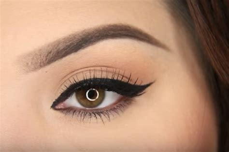eyeliner tutorial buzzfeed makeup tutorial addicts tell us what your fave one is