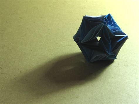 origami waves waves icosahedron meenakshi mukerji happy folding