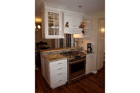 Kitchen Design Raleigh Stove In Peninsula With Upper Cabinets Chris Amp Jodi S
