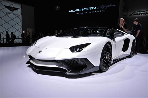 2016 lamborghini aventador sv roadster review top speed