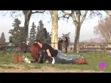guy humps bed guy air humps a bunch of fine ladies youtube