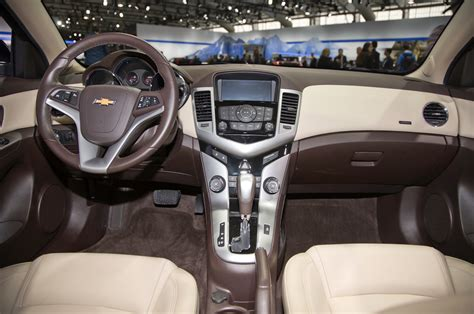 chevy interior 2015 chevrolet cruze interior view photo 7