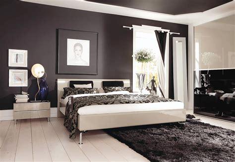 parete nera da letto da letto con parete nera troppo bravo