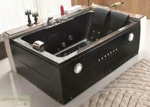 Black Jacuzzi Bathtub Rightcorner Fitting Model Only
