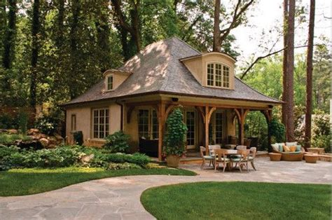 backyard guest house plans best 25 guest house cottage ideas on pinterest small