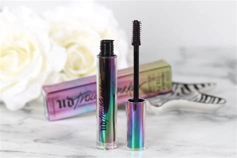 Decay Mascara decay troublemaker mascara review realizing
