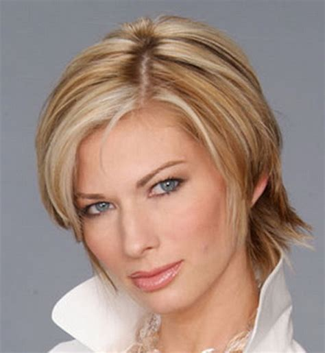 short hair for round faces in their 40s short layered hairstyles for women over 40