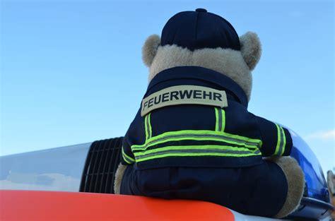 Protos Helm Aufkleber by Feuerwehr Teddy Feuerwehr Pl 252 Schteddy Mih