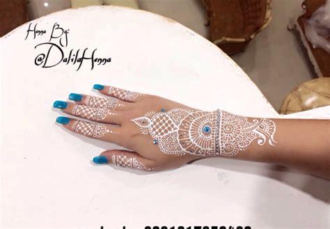 Henna Golecha Hitam Dan Maroon jasa ukir henna putih henna maroon merah henna hitam henna pengantin di jakarta world of