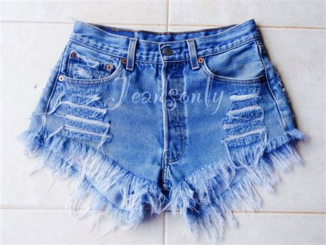 Levis Handcrafted - distressed denim shorts high waisted hardon clothes
