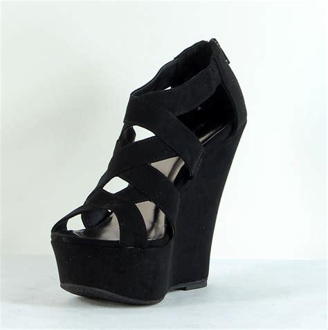 black heels sandals black strappy wedge heels qu heel