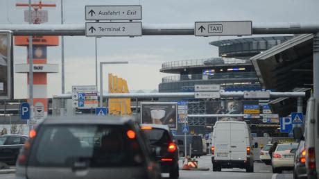 Motorrad Parkplatz Flughafen Hamburg by Parken News Von Welt