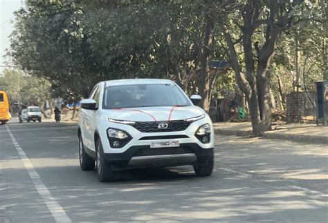 tata harrier    selling premium car  india