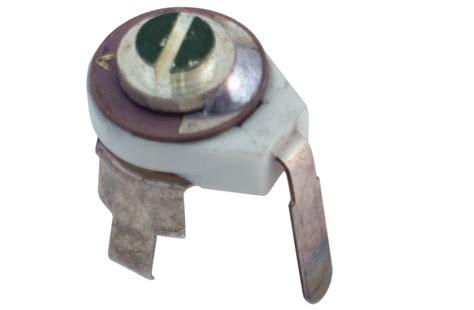 10 pf surface mount ceramic trimmer capacitor 3 leg pc mount top adjust