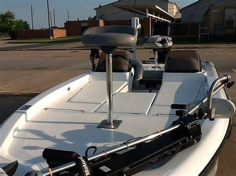 paint for aluminum boat deck aluminum deck non skid coating boats motors texas