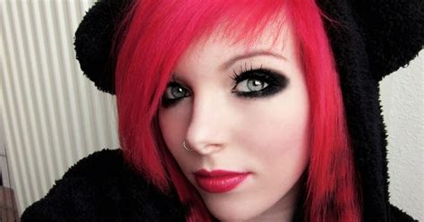 edgy emo hairstyles emo hairstyles for girls get an edgy hairstyle to stand